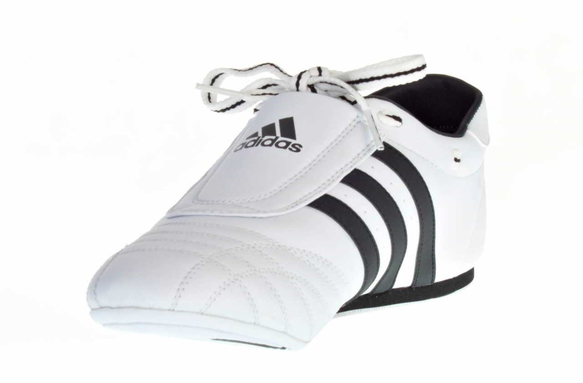 Adidas chaussures SM II blanche